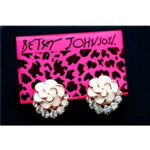 Betsey Johnson White Rose Flower Rhinestone Studs